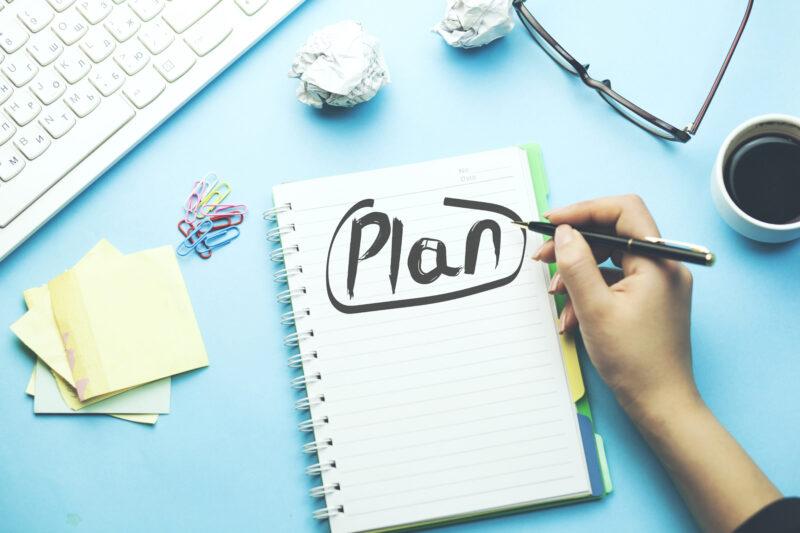 Diseñar un plan en el sector óptico