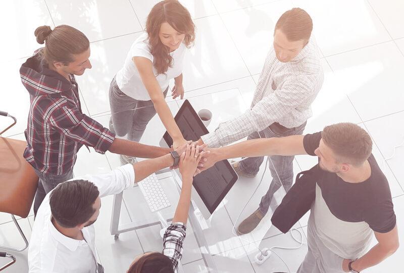 La importancia de organizar reuniones mensuales con tu equipo